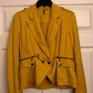 Mustard Jacket 🧥